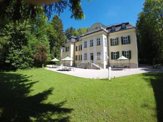 Villa Trapp sound of Music Hotel in Salzburg